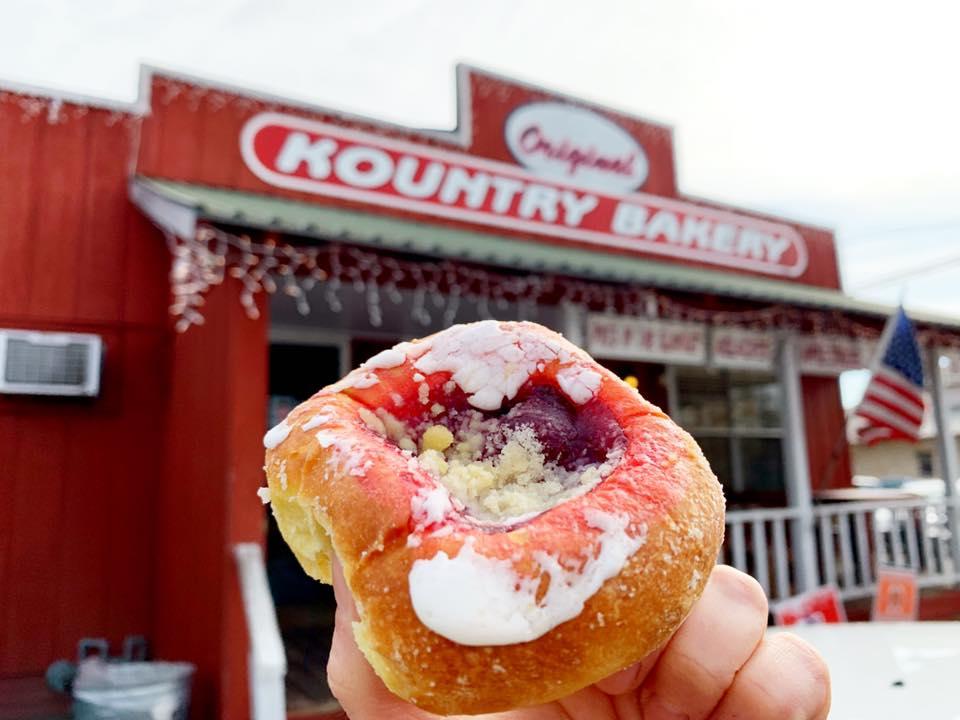 kolaches at the original kountry bakery